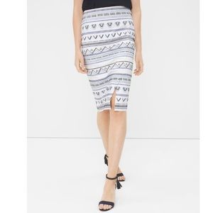 🪁WHBM🪁EMBROIDERED PENCIL SKIRT STYLE🪁